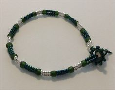 Beaded Green and Silver Bracelet - Perfect Christmas Gift £8.00