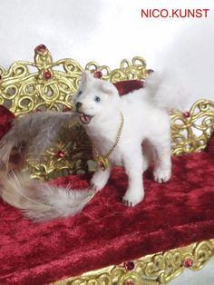 OOAK Dollhouse Miniature Dog 1:12 scal, The white Princess, NICO.KUNST  | eBay