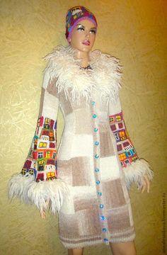"""Купить Платье-пальто """"Дома Хундертвассера"""" - бежевый, рисунок, Анна Лесникова, трикотаж от кутюр"""