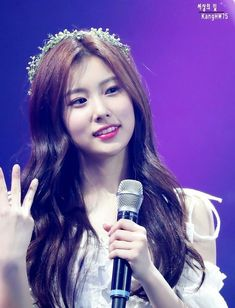 Kpop Girl Groups, Kpop Girls, Yuri, Korean Girl, Asian Girl, Sakura Miyawaki, Japanese Girl Group, Kim Min, Our Girl