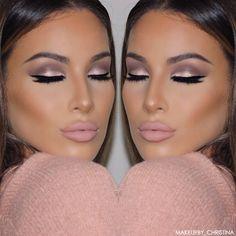 """Love this look. """"Brows: @anastasiabeverlyhills dip brow in soft brown & brow wiz in medium brown Eyes: @stilacosmetics Soul Eyeshadow Palette. Used heart, light,…"""""""