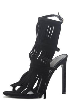 Designer labels like Gucci on Amuze. These fringe sandals are so trendy and affordable!