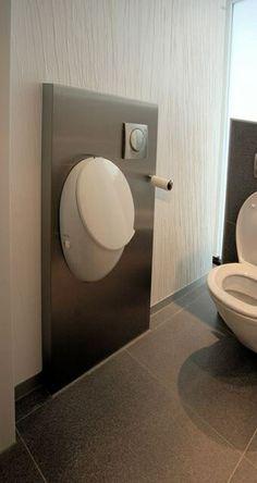 moderne toilet en urinoir