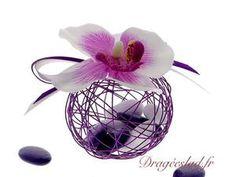 Contenant dragées métal prune orchidée, Boule dragees mariage originale