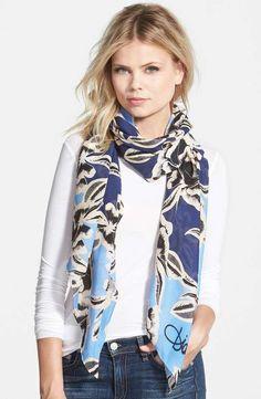 f825a243dd8f Diane Von Furstenberg   Silk Scarf  dianevonfurstenberg  silk  scarf  Estilos De Bufanda,