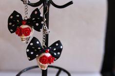 Skull earrings Dias de los Muertos. €8,95, via Etsy.