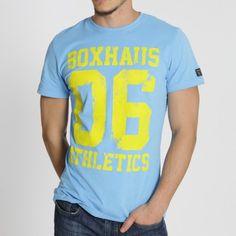 BOXHAUS Athletics 06 T-Shirt sky blue Das Athletic 06 Tee setzt auf auffälliges Design. Es vereint bunte Farben mit großem Frontprint im Fo...