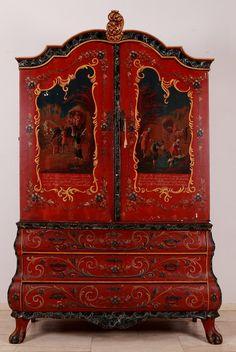 Hindeloopen kabinet.Origineel Hindeloopen beschilderd Hollands kabinet ca. 1780. Beschildering is uit de tijd met bijbelse voorstellingen en spreuken.Meubel is in origienel ongerestaureerde staat