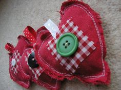 Fabric Hearts, Christmas Decorations    using scrap fabric and a little bit of ribbon and few buttons, unique tree decs for years to come