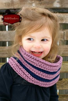 Straight Striped Cowl - KatiDCreations.com