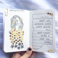 30 ideas para un Art Journal Bullet Journal Quotes, Bullet Journal Writing, Bullet Journal Ideas Pages, Journal Ideas Tumblr, Art Journal Pages, Drawing Journal, Art Journals, Notebook Art, Notebook Drawing