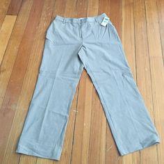NWT Old Navy Capri pants Old Navy size 8 stretch Capri pants- rayon blend khaki color Old Navy Pants Capris