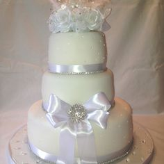 "60th Wedding Anniversary ""Bling bling"" Cake!"