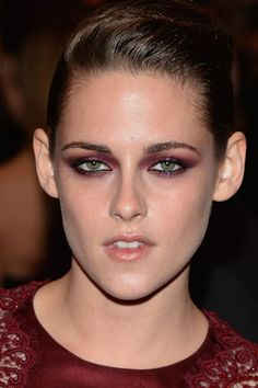A Close-Up Look at the Most Dramatic Eye Makeup at the Met Gala: Kristen Stewart: Kristen Stewart matched her eye shadow to her jumpsuit. Enough said. (Makeup by Beau Nelson for Chanel)