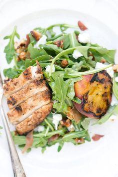 Grilled Peach, Chicken, & Arugula Salad | bsinthekitchen.com #bsinthekitchen #barbecue #salad