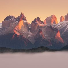 无聊图 - 蛋友贴图专版 Nature Images, Patagonia, Mount Everest, Nature Photography, Sunrise, Scene, The Incredibles, Earth, Argentina