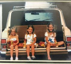 @Regrann from @rascione -  Oldie but goodie. Sisters. Jeep Wagoneer. Dreamy. Guess which one is me. #jeepwagoneer #melloyello  #kentuckygirls
