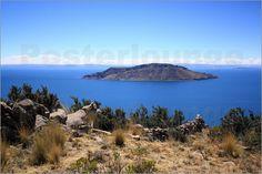 Insel im weltberühmten Titikakasee, Peru als Fotodruck (Poster oder Leinwandbild) erhältlich bei Posterlounge http://www.posterlounge.de/titikakasee-peru-pr579883.html