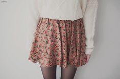 Floral skirt. love.