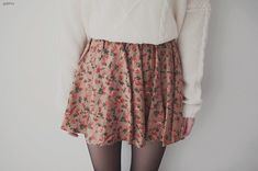 Cute teen outfit and fashion big sweater floral skirt Teen fashion for girls and women Cute teen girls outfit for fall spring
