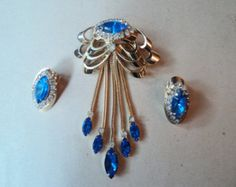 Vintage Verified Kramer Blue Rhinestone Dangle Brooch And Earrings Demi Parure Stunning
