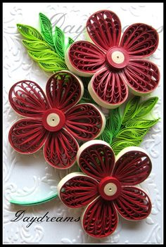 Quilled red flowers