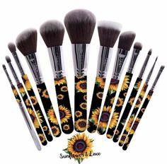 Sunflower make up brush set - Makeup Tips Makeup Brush Storage, Makeup Brush Cleaner, Makeup Brush Holders, Makeup Brush Set, Make Up Brush, Eye Make Up, Make Makeup, Glam Makeup, Sunflower Accessories