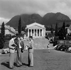 Cape Town has been voted as one of the most beautiful cities in the world, and these vintage photos show the city in a way you've never seen – or at the very… Vintage Photographs, Vintage Photos, African Street Style, University Of Cape Town, Cape Town South Africa, Most Beautiful Cities, Historical Pictures, African History, Old Photos
