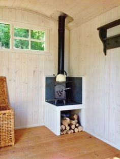 caravan decor 801429696160647788 - Fitted Wood Burner on a raised hearth in an Ashwood Hut. Source by lupipupi Bus Living, Tiny House Living, Caravan Decor, Tiny Spaces, Tiny House Design, Hearth, House Plans, Tiny House Wood Stove, Mini Wood Stove