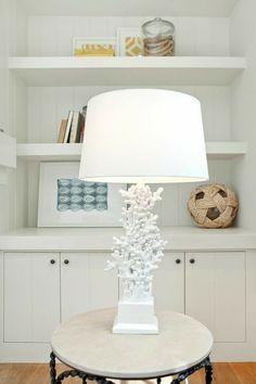 Tischlampe Weiß Koralle kunstvoll klassisch Wohnzimmer