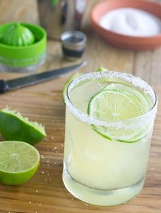 Best Classic Margarita Recipe - Yup. I said it. It's the best Margarita recipe out there. What makes it so good? It's mine!