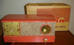 Nice Arvin AM clock radio in salmon and gold...and with original box. Doubt there's many of these still around!