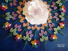 Quilling Paper Flower Mandale by Circul Magic. See more at www.circulmagic.blogspot.com Quilling Cards, Paper Quilling, Quilling Ideas, Paper Flowers Diy, Diy Paper, Snowflakes, Arts And Crafts, Magic, Envelopes