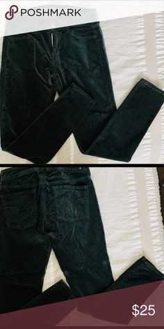 American Eagle Velvet Skinny Pant Super Stretch Forest Green 🌳 Velvety soft Worn once (if even! Skinny Pants, American Eagle Outfitters, Black Jeans, Velvet, Best Deals, Green, Closet, Things To Sell, Style