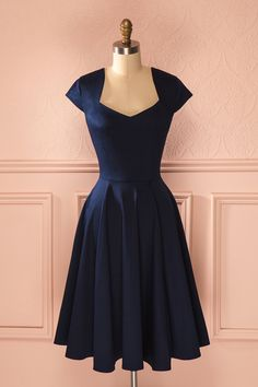 Brenna Navy - Blue short sleeved midi retro dress