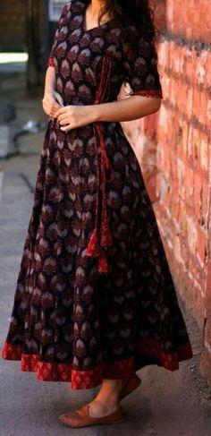 Women's kurtis online: Buy stylish long & short kurtis from top brands like BIBA, W & more. Explore latest styles of A-line, straight & anarkali kurtas. Salwar Designs, Kurta Designs Women, Kurti Neck Designs, Kurti Designs Party Wear, Long Kurta Designs, Indian Designer Outfits, Indian Outfits, Designer Dresses, Kalamkari Dresses