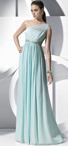 Vestidos griegos para invitadas | Preparar tu boda es facilisimo.com