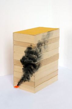 Inventive Pencil Drawings on the Edge of Books