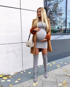 49 Stylish Pregnancy Outfits Ideas For Winter - Aksahin Jewelry Cute Maternity Outfits, Stylish Maternity, Maternity Fashion, Stylish Pregnancy, Maternity Style, Estilo Baby Bump, Pregnant Mom, 5 Months Pregnant, Mom And Dad