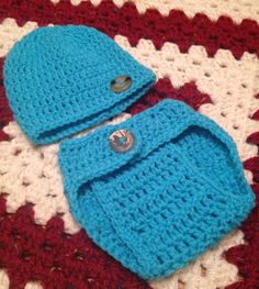 Newborn Diaper Cover/Beanie Set with Buttons by MinnieLoopsCrochet, $15.00