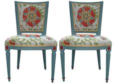 Distressed Country French Painted Vintage Set of 2 por Spaces1020
