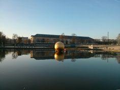 Boule dorée - Jardin des Tuileries - Décembre 2013