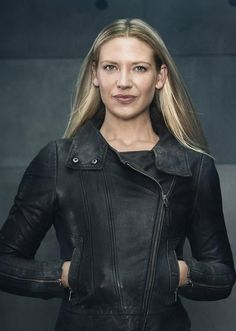 Olivia Dunham (Anna Torv) from Fringe. Believe it or not, when the show first started, I didn't like her. I recently rewatched season 1 and can't figure out WHY. I love the way she rescues herself but will risk anything to solve a case, how she isn't afraid to tell people what she thinks of them, and how much she cares about her family--both biological and found--just to name a few traits. What I hate is how she was demoted to supporting character on her own show in Seasons 3.5-5.