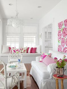 Pretty Pink + White Sunroom: HGTV Magazine, May 2013 Looks like a Lilly print on the wall! It's bold but not obnoxious; love.