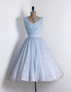 1950's Vintage Metallic-Gold Stars Novelty-Print Flowing Baby-Blue Sheer Chiffon-Couture Sculpted Heavily-Ruched Plunge Nipped-Waist Rockabilly Ballerina-Cupcake Princess Circle-Skirt Bombshell Garden Wedding Formal Cocktail Prom Party Dress
