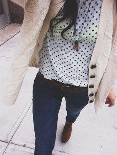 Cream knit cardigan, polka dot blouse and jeans. Polka Dot Shirt, Polka Dots, Casual Outfits, Cute Outfits, Stylish Jeans, Vogue, Look Fashion, Fall Fashion, Autumn Winter Fashion