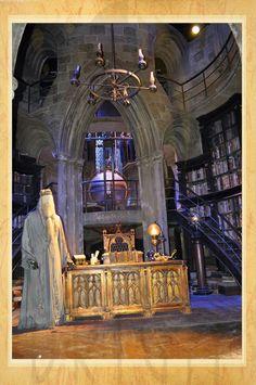 Estúdio Brigit - Encadernação Artesanal e Artística: A Viagem (69): Harry Potter - Warner Bros.(The Tri...