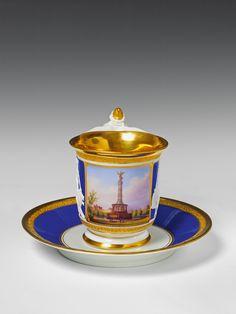 A Berlin KPM porcelain cup and saucer with view of the Victory Column. #berlin #kpm #lempertz #victorycolumn