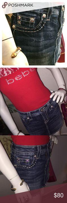 Miss Me Mini BRAND NEW!! Miss Me Denim mini skirt brand-new without tags never worn. Size 26 Miss Me Skirts Mini