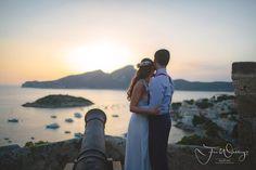 Our lovely couple #mallorca #hochzeitsplaner #weddingplaner #luxuryweddingplanner #hochzeitsplanermallorca #bridalhair #bridalflowers #brautstrauss #wedding #weddingblog #hochzeitsblog #bridalbouquet #hochzeit #wedding pic credit @dfpowell